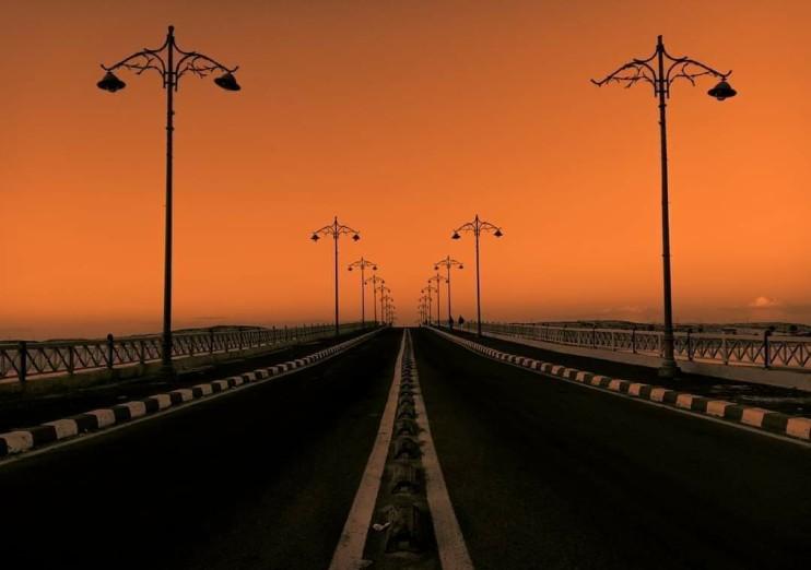 https://seekmediation.com/wp-content/uploads/2021/07/road-sky-sunset-lamp-lighting-fresh-air-poles_t20_9e6ZV6.jpg